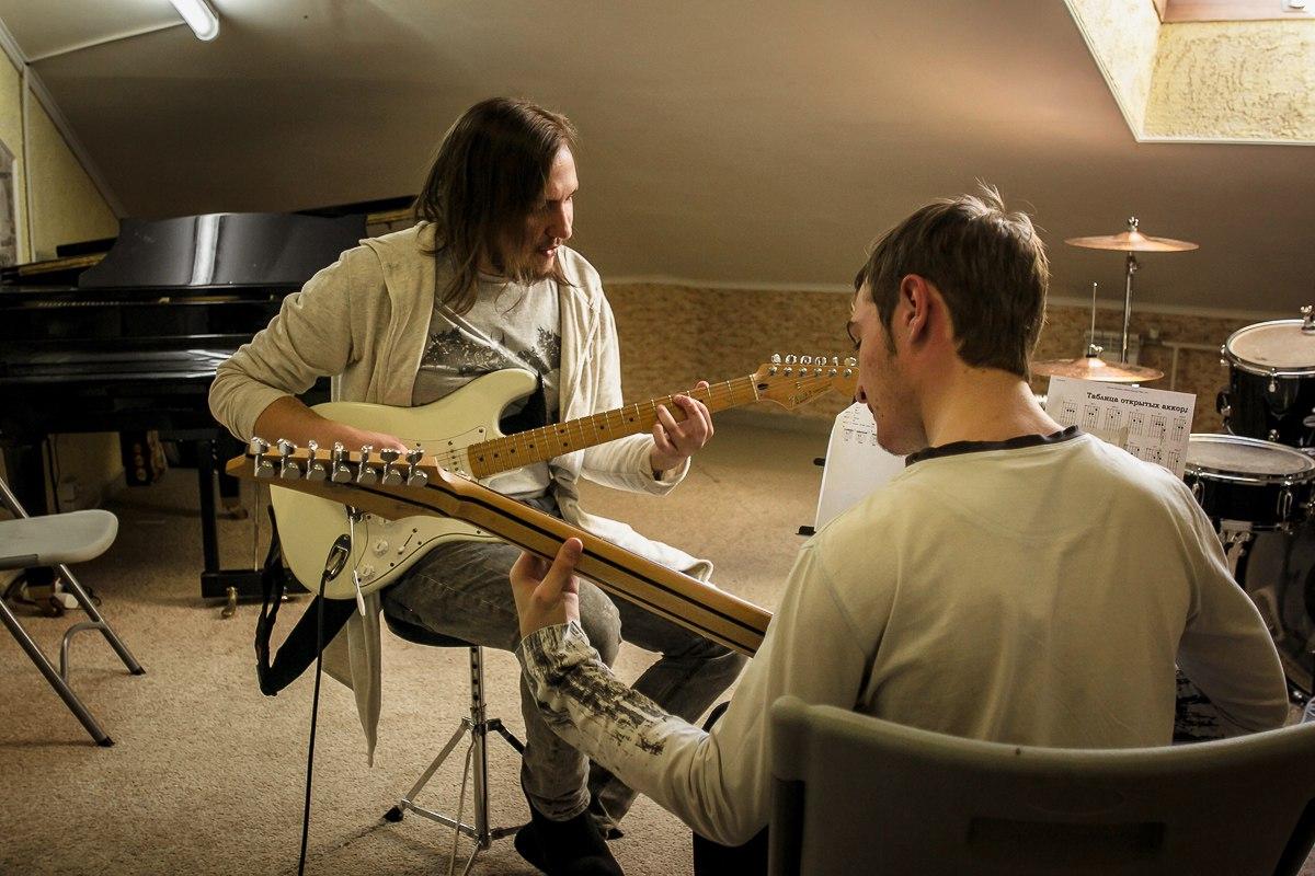 Уроки игры на гитаре в Перми